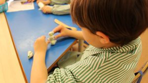 La implicación familiar en la escuela y los cuidados educativos es aún territorio materno.